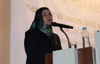 Ağrı'da 'Hakları ve Saygınlığı ile İslam'da Kadın' konferansı düzenlendi