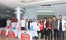 Bingöl'de sağlık çalışanlarından kan bağışı