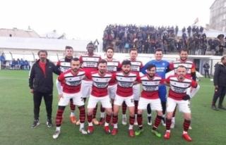 Ağrı Amatör Liginin Şampiyonu Patnos Spor Oldu