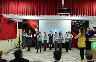 Hamur'da 18 Mart programı yapıldı.