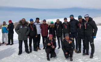 Spor lisesi öğrencileri Türkiye Şampiyonu oldular.