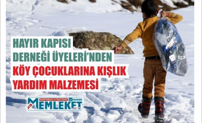 Hayır Kapısı Derneği üyelerinden köy çocuklarına kışlık yardım malzemesi