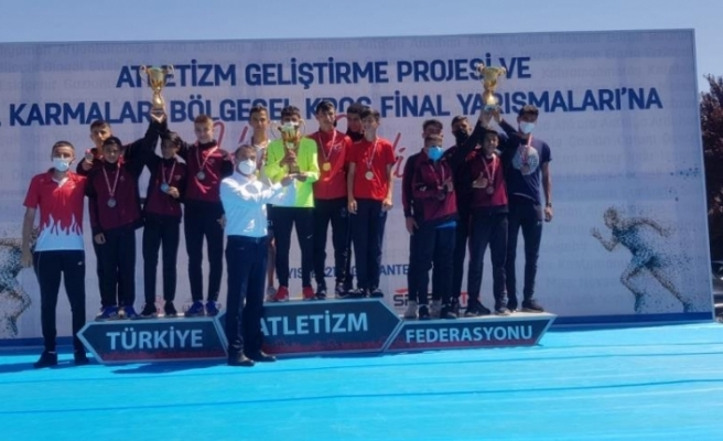 Eleşkirt'in Altın Ayaklı Çocuğu Türkiye ikincisi oldu