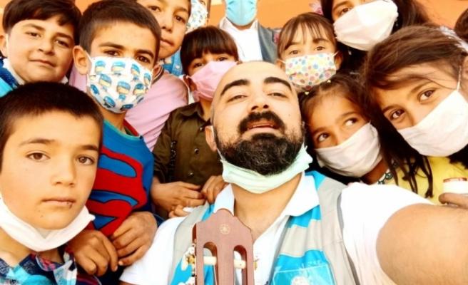 İran sınırında yaşayan çocukların hayalleri gerçeğe döndü