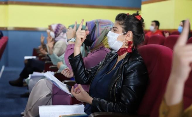 İşaret dili eğitimi alan personeller, işitme engelli vatandaşlara umut olacak