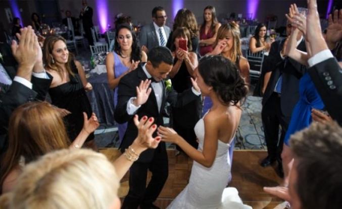 Son dakika: Düğün salonları 1 Temmuz'da açılıyor! Damatla gelin harici kimse oynayamayacak