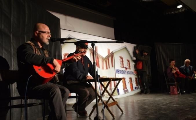 "Malazgirt'te ""Memleket İstasyonu"" oyunu sahnelendi"