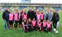 Okullar arası yıldızlar Kız-Erkek Futbol Grup Müsabakaları Başladı