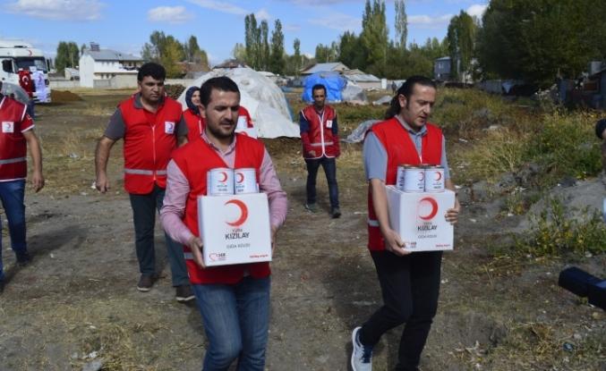 Kızılay'ın ihtiyaç sahiplerine yardımları devam ediyor