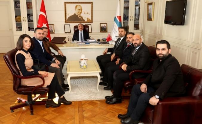 AİÇÜ Rektörü Prof. Dr. Karabulut, MÜSİAD heyetini kabul etti