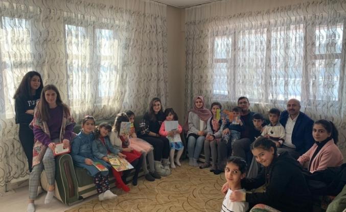 İlçe kaymakamlarından çocuk evlerine ziyaret