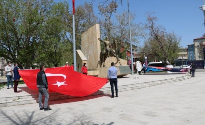 Ağrı'da 19 Mayıs Atatürk'ü Anma, Gençlik ve Spor Bayramı Kutlandı