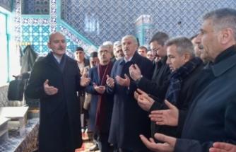 İçişleri Bakanı Soylu, Ağrı'da cenaze namazına katıldı
