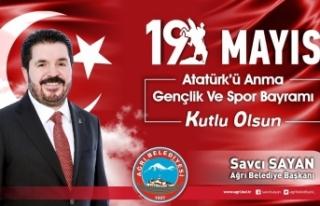 Belediye Başkanı Sayan'ın 19 Mayıs Atatürk'ü...