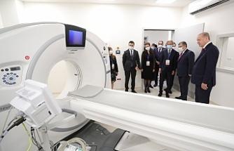 Erdoğan, Sancaktepe'deki hastaneyi inceledi