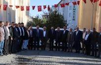 Ağrı Belediye Başkanı Savcı Sayan ve AK Partili Belediye Meclis Üyeleri, Barış Pınarı Harekatı'na destek açıklamasında bulundu.